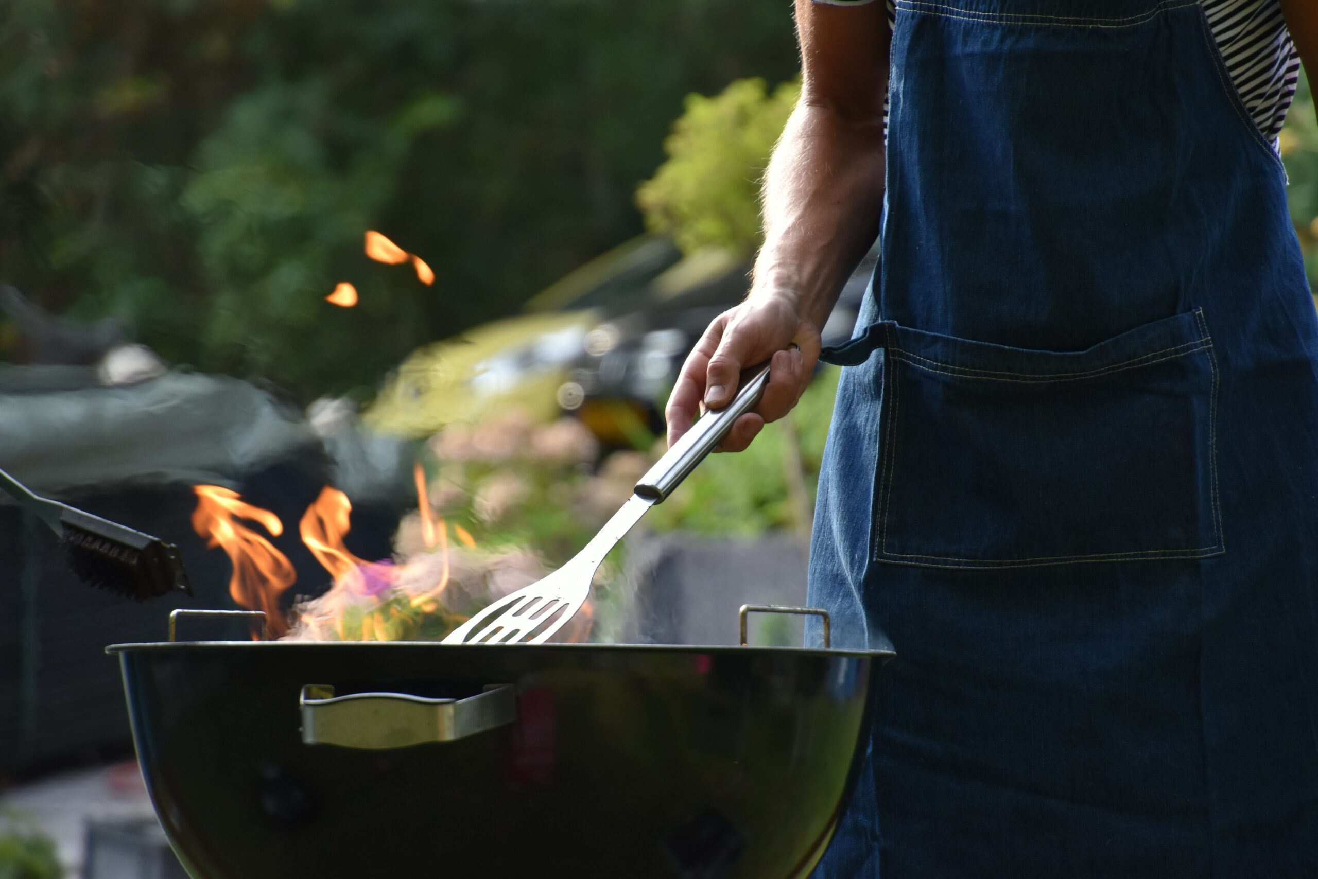 Person-grilling-nutritious-BBQ